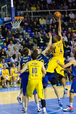 maccabi: Richard Hendrix in action at the Euroleague basketball match between FC Barcelona and Maccabi Electra, final score 70-67, on February 29, 2012, in Barcelona, Spain