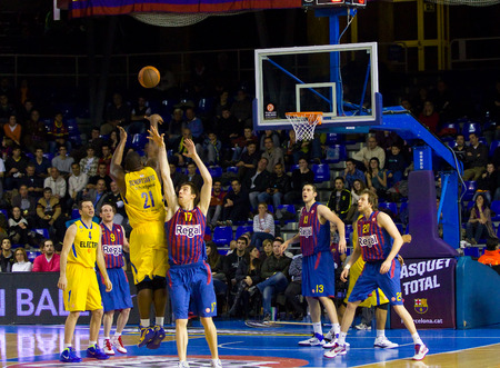 maccabi: Sofoklis Schortsanitis in action at the Euroleague basketball match between FC Barcelona and Maccabi Electra, final score 70-67, on February 29, 2012 in Barcelona, Spain