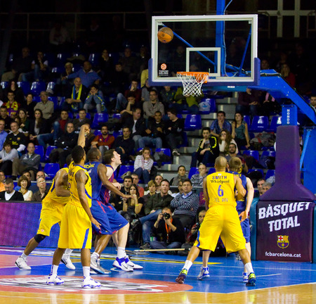 maccabi: Some players in action at the Euroleague basketball match between FC Barcelona and Maccabi Electra, final score 70-67, on February 29, 2012, in Barcelona, Spain