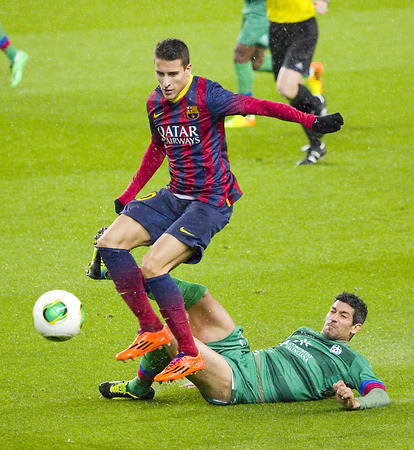 cristian: Cristian Tello in action at Copa del Rey - Spanish Cup - match between FC Barcelona and Levante, 5-1, under an intense rain, on January 29, 2014, in Barcelona, Spain Editorial
