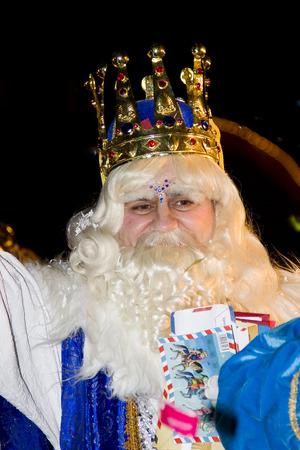 wise men: Melchior Re al corteo biblico dei Magi Re Magi, che danno i giocattoli ai bambini. � una festa tradizionale spagnola. 5 Gennaio 2012 a Alella, Barcellona, ??Spagna
