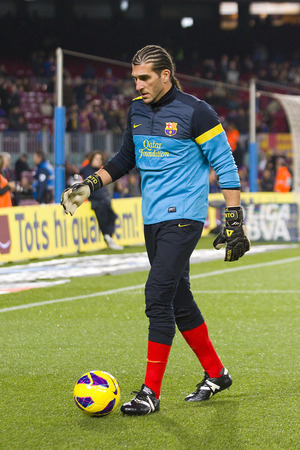 barsa: Jose Manuel Pinto of FCB in action at the Spanish League match between FC Barcelona and Osasuna final score 5  1 on January 27 2013 in Barcelona Spain Editorial