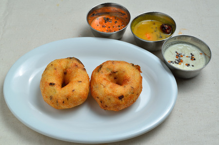 kerala culture: Vadai Vada South Indian snack