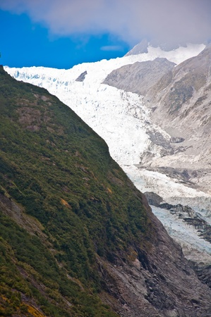 franz josef: Franz Josef Glacier in Westland National Park of New Zealands South Island. Southern Alps mountains.