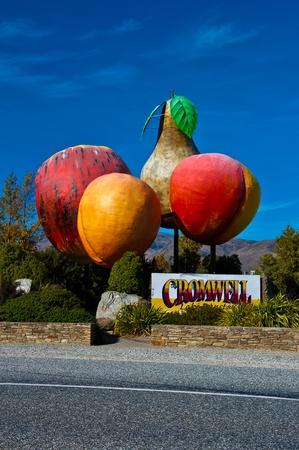 Logo of Cromwell town in New Zealand near Queenstown