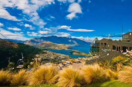 Cityscape of queenstown with lake Wakatipu from top, new zealand, south island Banco de Imagens
