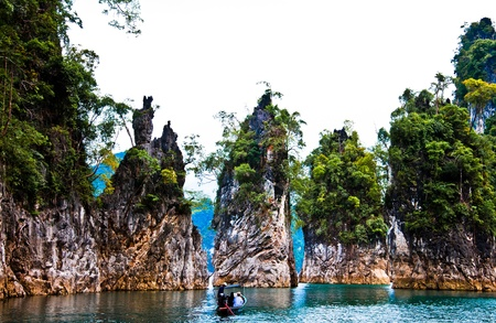 khao: Khao Sok mountain and lake in thailand