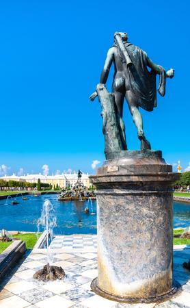 peterhof: PETERHOF, RUSSIA - 6 August 2013 : The Peterhoffs Main Fountain Samson