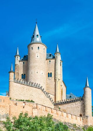 hill of the king: The Alcazar of Segovia (literally, Segovia Castle) is a stone fortification, located in the old city of Segovia, Spain.