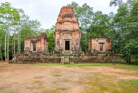 Ancient buddhist khmer temple in Angkor Wat, Cambodia. Prasat Bei Stock Photo