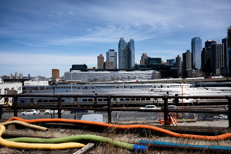 Hudson Yards train depot in New York City Редакционное