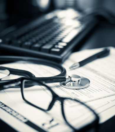Stethoscope on a prescription form with glasses pen and keyboard, very shallow DOF Stock Photo - 5546806