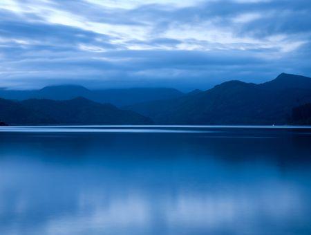 marlborough: Sunset over Marlborough Sounds, New Zealand