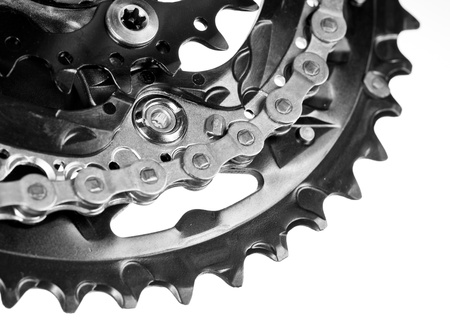 chrome wheels: Mountain bike crankset with chain close-up