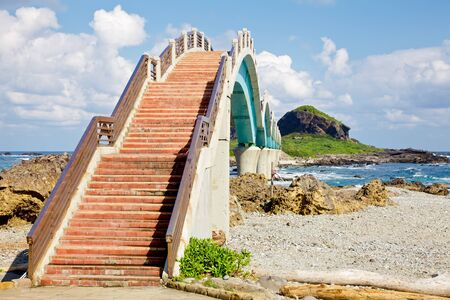 Eight arch bridge at San Xian Tai island the most popular site on the East Coast of Taiwan Stock Photo - 18707505