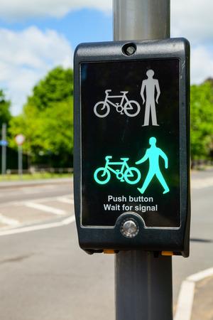 pedestrian crossing: British pedestrian and cyclist crossing