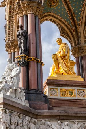 Prince Albert golden statue in the Albert Memorial, Kensington Gardens, London, UK Reklamní fotografie