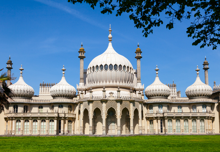 The Royal Pavilion (Brighton Pavilion), former royal residence built in the Indo-Saracenic style in Brighton, East Sussex, Southern England, UK 報道画像
