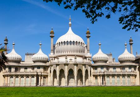 El Royal Pavilion (Brighton Pavilion), antigua residencia real construida en el estilo indo-sarraceno en Brighton, East Sussex, sur de Inglaterra, Reino Unido Editorial