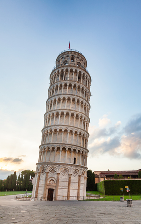 Medieval Leaning Tower of Pisa (Torre di Pisa), a freestanding campanile (bell tower) of the Pisa Cathedral at Piazza dei Miracoli (Square of Miracles) or Piazza del Duomo (Cathedral Square), in Pisa, Tuscany, Italy Stock Photo