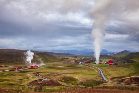 Aerial view of Krafla geothermal power plant, the largest Icelands power station near Krafla Volcano, Northeastern Iceland, Scandinavia Standard-Bild - 118201996