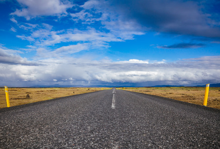 Route 1 or Ring Road (Hringvegur) national road that runs around the island and connecs some of the most popular tourist attractions in Iceland, Scandinavia Standard-Bild - 118202431