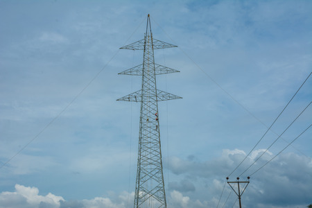 Electric tower work Standard-Bild - 118658874