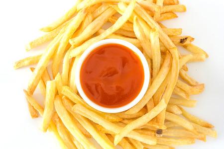 mayonesa: Patatas fritas con la salsa de tomate en la placa. Vista superior con espacio de copia Foto de archivo