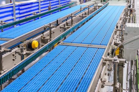 Empty conveyor belt of production line, part of industrial equipment Stockfoto