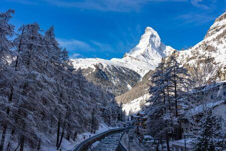 Beautiful view of Zermatt Valley with Matterhorn peak background in Zermatt, Switzerland Imagens