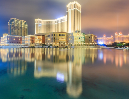 The Venetian Macao Casino and Hotel in Macau, the largest casino in the world and the largest single structure hotel building in Asia. 에디토리얼