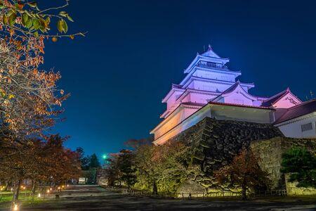Tsuruga-jo castle, light up at night time. Aizu Wakamatsu, Fukushima Japan. Archivio Fotografico - 134327026