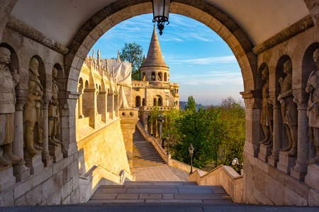 View on the Old Fisherman Bastion in Budapest. Arch Gallery. Archivio Fotografico - 133859447
