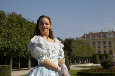 elisabeth: a young female dressed like the austrian Empress Elisabeth in fine monarchy syle