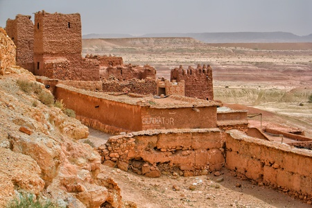 Kasbah of Ait Benhaddou in Morocco where the Gladiator, The mummy Standard-Bild - 100703725