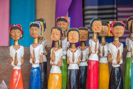 long neck karen wood dolls Standard-Bild