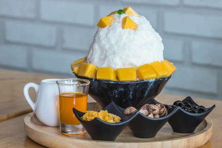 bingsu mango ice cream Korean dessert