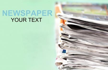 informait: Les vieux journaux s'accumulent
