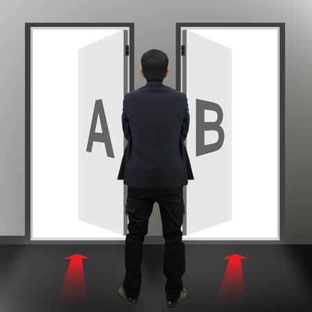Businessman must choose between different destinations