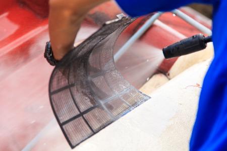 Nettoyage climatiseur Banque d'images - 31101306