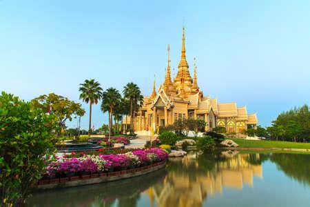 temple thailand: Thailand Temple at twilight