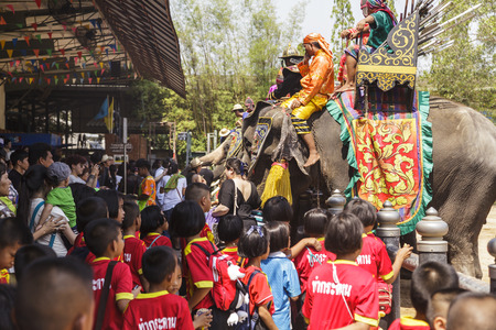 march 17: NAKHON PATHOM - MARCH 17: Unidentified Thai and International people enjoy The famous elephant show at The Rose Garden Nakhon Pathom Province on March 17, 2016 in Nakhon Pathom, Thailand