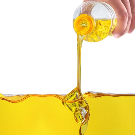 L'huile végétale versant de l'huile végétale de fond Banque d'images - 61836755