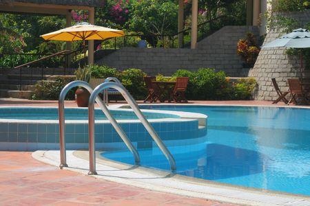 swimmingpool: swimming-pool