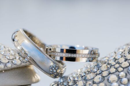 Luxury bridal wedding rings for bride and groom