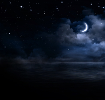beautiful night sky in the open sea  Banque d'images
