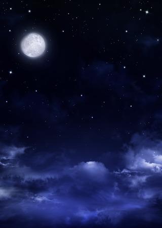 completos: cielo nocturno con luna llena, fondo