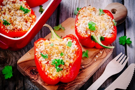 red quinoa: vegetarian stuffed paprika peppers with breadcrumbs and parsley