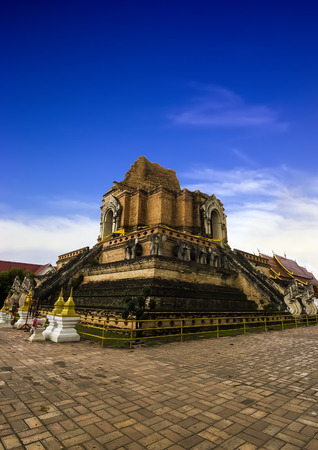 Wat Chedi Luang with blue sky