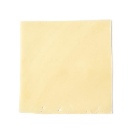 1 つの長方形状の白い背景に分離されたチーズのスライス